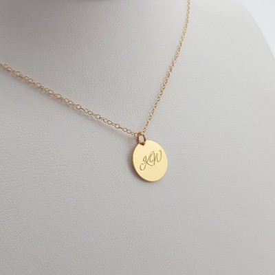 Initial Disc necklace | 18k Gold plated sterling silver | 13 x 13 mm