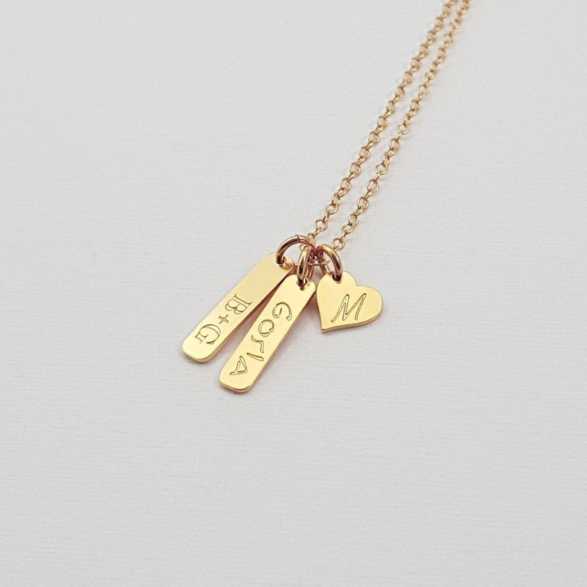 Small personalized necklace gold tag bar and heart | 24k Gold plated sterling silver | 15 x 3,5 mm
