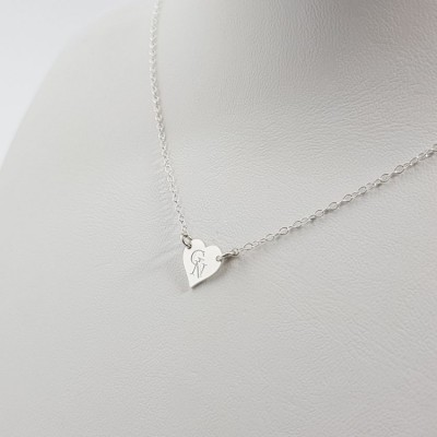 Simple heart necklace with initials | Sterling silver | 9 x 9 mm