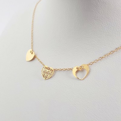 Gold personalized 3 hearts dainty necklace | 18k Gold plated sterling silver | 10 x 9 mm