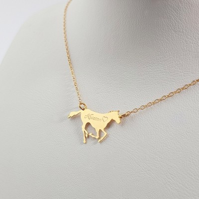 Gold Personalized Racing Horse necklace pendant | 18k Gold plated sterling silver | 24 x 14,3 mm