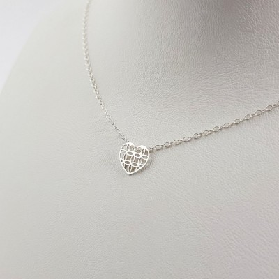 Personalized silver Heart dainty Necklace | Sterling silver | 10 x 9 mm