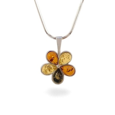 Amber pendant | Sterling silver | Height - 20mm, Width - 15mm | Weight - 1,2g | ZD.1109