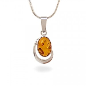 Amber pendant | Sterling silver | Height - 28mm, Width - 13mm | Weight - 2,1g | ZD.1017