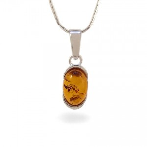 Amber pendant | Sterling silver | Height - 25mm, Width - 8mm | Weight - 1,7g | ZD.1034