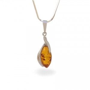 Amber pendant | Sterling silver | Height - 33mm, Width - 10mm | Weight - 1,6g | ZD.1095