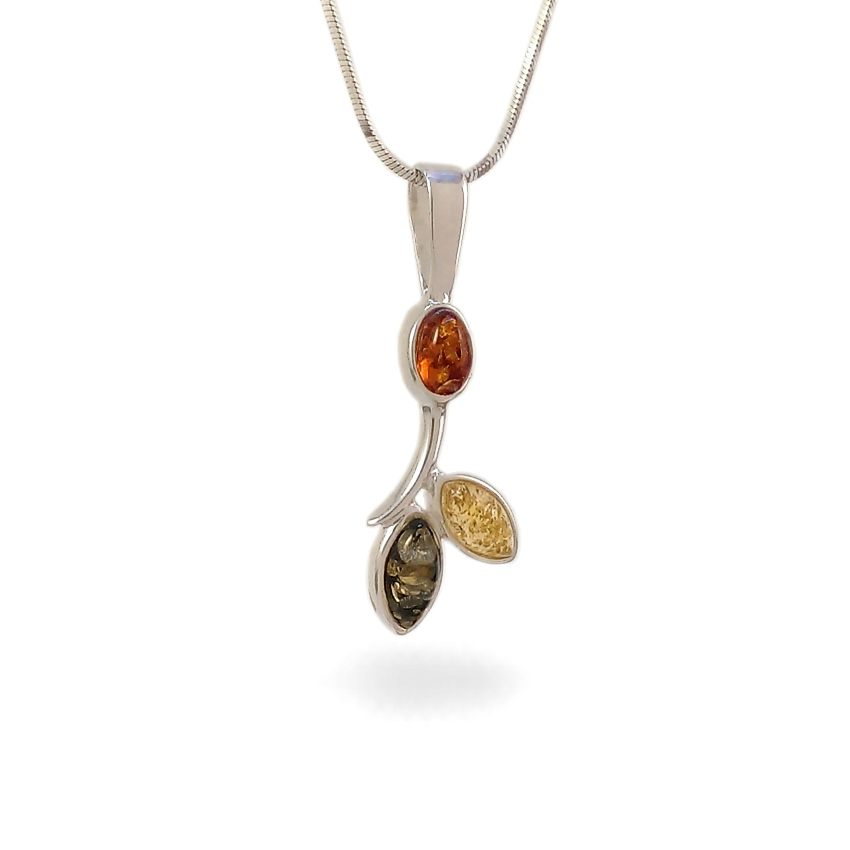 Amber pendant | Sterling silver | Height - 33mm, Width - 12mm | Weight - 1,6g | ZD.839