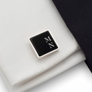 Cufflinks with engraved Initials on onyx gemstone | Sterling silver | Available in 10 fonts | ZD.66