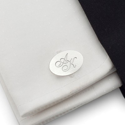 Personalised silver oval cufflinks | Sterling silver | Available in 10 fonts | ZD.142