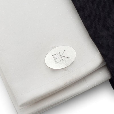 Personalised silver oval cufflinks | Sterling silver | Available in 10 fonts | ZD.144