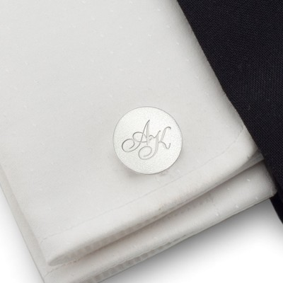 Personalised silver round cufflinks | Sterling silver | Available in 10 fonts | ZD.134
