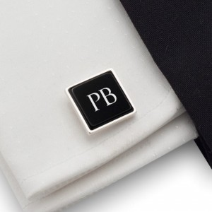 Personalized cufflinks with Initials on onyx gemstone | Sterling silver | Available in 10 fonts | ZD.205