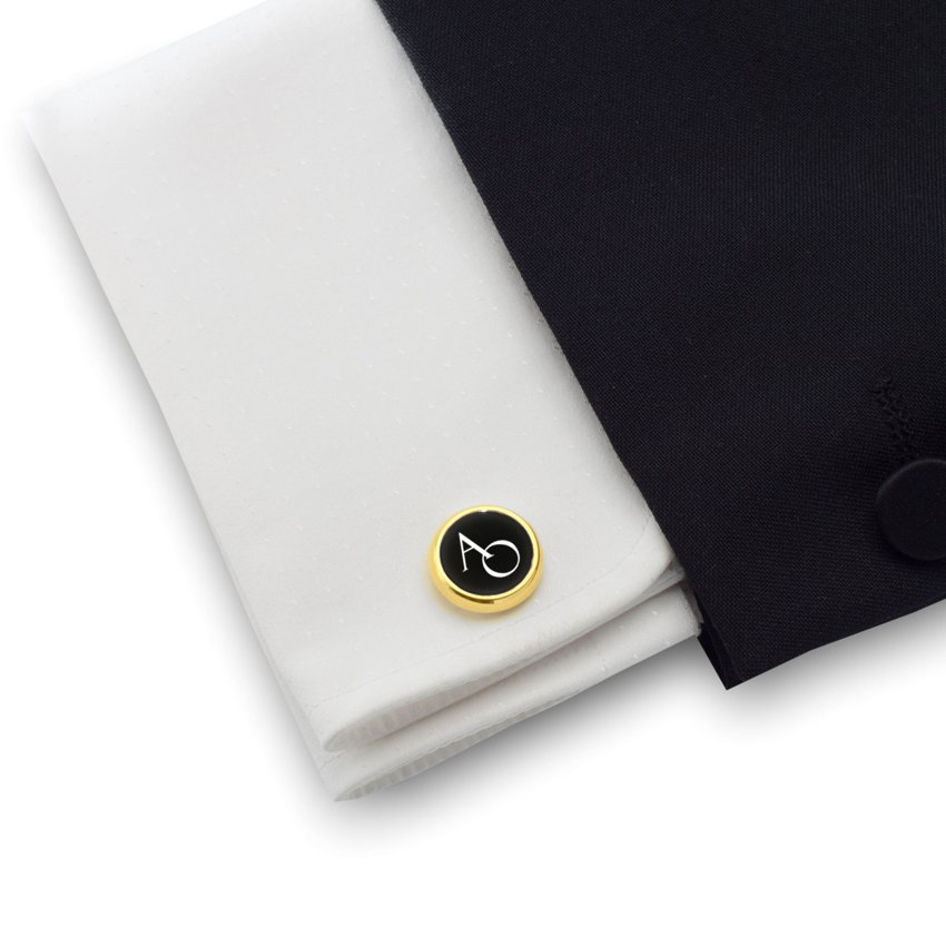 Gold cufflinks with engraved initials on Onyx gemstone | Sterling silver gold plated | Available in 10 fonts | ZD.114Gold