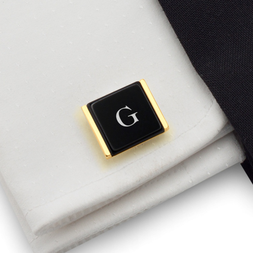 Gold cufflinks with initials on Onyx gemstone | Sterling sillver gold plated | Available in 10 fonts | ZD.76Gold